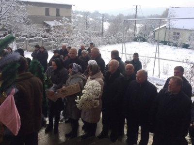 На Буковині сьогодні поховали учасника АТО Сергія Возного
