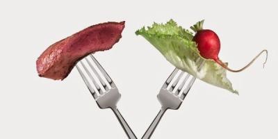 Вегетаріанці чи м'ясоїди: хто живе довше