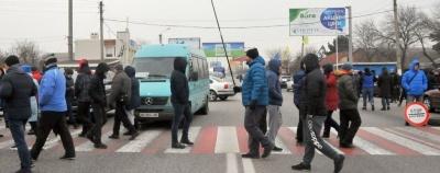 """Поліція закликала """"євробляхерів"""" розблокувати дороги"""