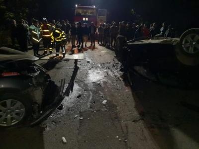 На Закарпатті у ДТП з перекиданням загинуло двоє осіб, ще двох травмовано