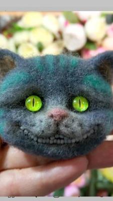 «Поцілуй звірятко в носик – буде знижка»: переселенка виготовляє у Чернівцях іграшки з вовни і продає їх через Інтернет