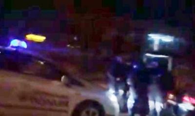 «Навіть говорити з вами не хочу»: у Чернівцях патрульні зупинили авто голови облради Мунтяна - відео