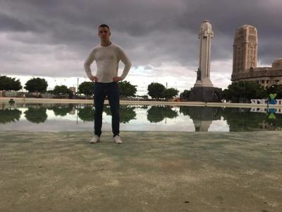 Відомий режисер з Чернівців побував на зйомках фільму «Рембо-5» - відео