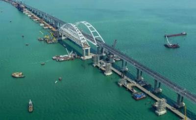Росія не пускає до Азовського моря 18 торговельних суден