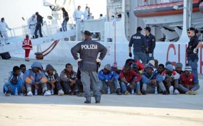 В Італії парламентарі спростили процедуру видворення мігрантів