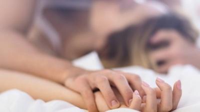 Чому жінка не отримує оргазм, та як це виправити: поради сексолога