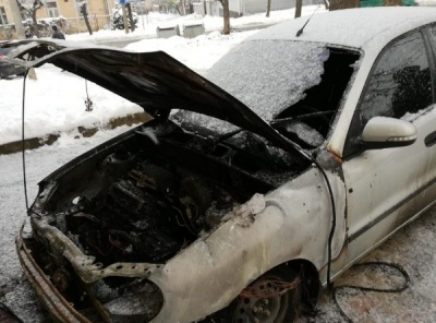 Підпал автомобіля іноземця та подорожчання проїзду. Головні новини 29 листопада