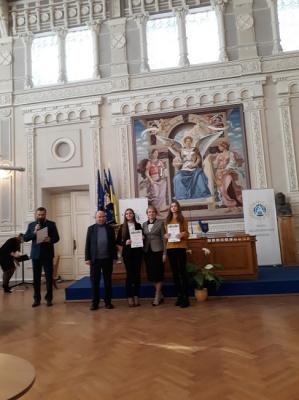 Дев'ять юних буковинців отримали стипендії президента України