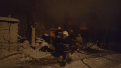 У Чернівцях горить ринок на вулиці Удонова - фото