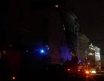 Рятувальники шукали пожежу на даху Художнього музею – повідомлення виявилось хибним. Оновлено