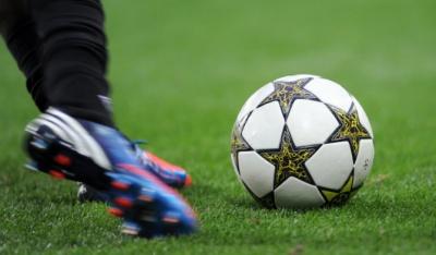 У прем'єр-лізі з футболу - передостанній тур