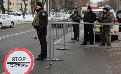 У Вінниці на в'їздах до міста встановили блок-пости