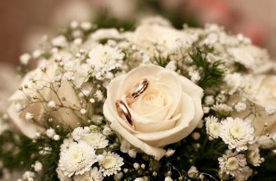 Річниці весілля: як святкувати і що дарувати
