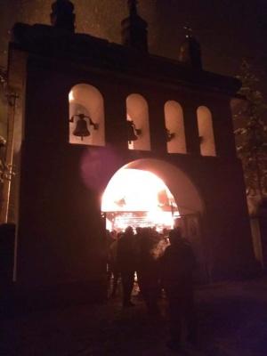 На Прикарпатті у масштабній пожежі вщент згоріла церква - відео