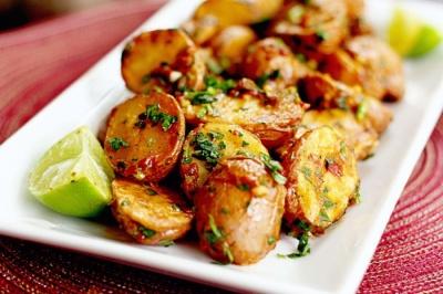 Чи варто їсти картоплю кожен день: відповідь експертів