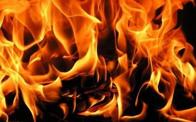На Буковині згорів гараж: сина господарів госпіталізували з опіками