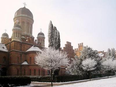 Газовий скандал: у всі корпуси Чернівецького університету подали тепло
