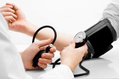 Як боротися з тиском без таблеток: поради лікарів