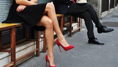 """Супрун розвіяла міф про сидіння """"нога на ногу"""""""