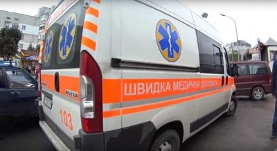 На Буковині медики госпіталізували жінку та молодого хлопця з обмороженнями