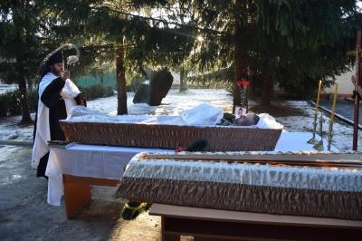 У Тернополі військові попрощалися із бійцем з Чернівців, який помер на фронті