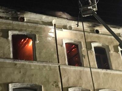 Масштабна пожежа в центрі Чернівців: що відомо на цей час