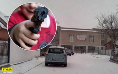 На Волині учень прийшов до школи з пістолетом
