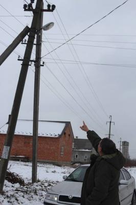 На Буковині електрики відключили райавтодор від світла