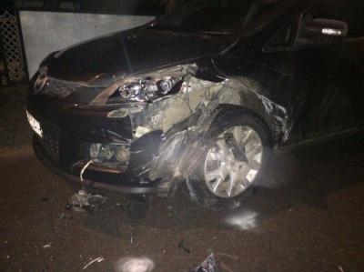 У Чернівцях «Лада» зіткнулась із «Маздою»: поліція затримала п'яного водія