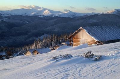 У Карпатах вже випало майже півметра снігу