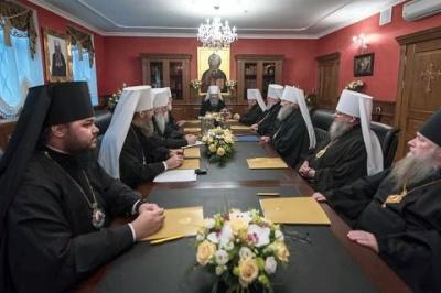 Синод УПЦ МП звільнив ієрархів, які брали участь в Об'єднавчому Соборі