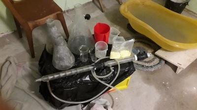 На Буковині викрили нарколабораторію: затримали 5 зловмисників