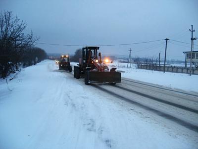 Снігова негода ускладнила рух на трасі «Чернівці–Порубне»