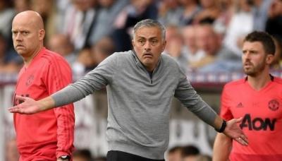 """Моурінью залишає """"Манчестер Юнайтед"""""""