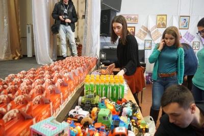 У Чернівцях студенти ЧНУ влаштували виставу для вихованців школи-інтернату