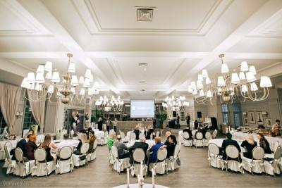Корал Тревел Еліт Сервіс: перший рік на чернівецькому ринку елітних туристичних послуг (на правах реклами)