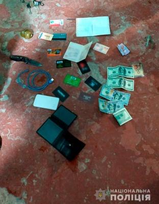 У Чернівцях затримали злочинну групу вимагачів, які викрадали людей - відео