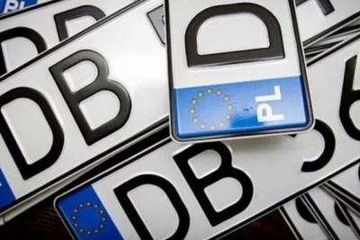 Яка доля очікує власників «євроблях»: експерт розповів, кому доведеться здавати авто на брухт