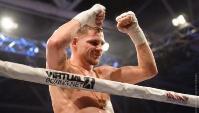 Сьогодні боксер Денис Беринчик захищатиме свій титул у поєдинку з філіппінцем Росекі Крістобалєм