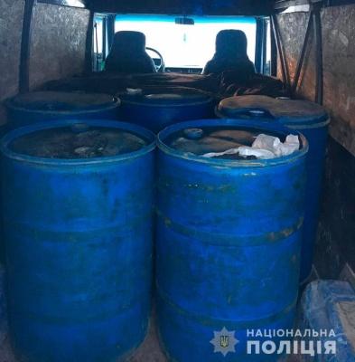 Правоохоронці викрили буковинця, який нелегально перевозив спирт
