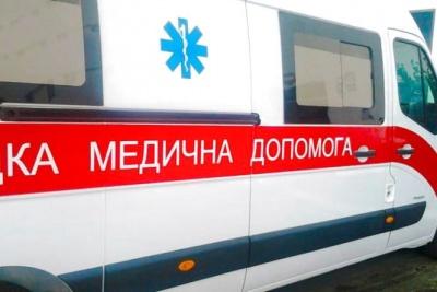 На Буковині чоловік завдав собі удар ножем у груди й вижив