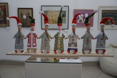 У Чернівцях у «Вернісажі» презентували новорічно-різдвяну виставку