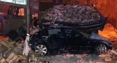 «Шкурняк» депутата і смерть бійця з Буковини. Головні новини 26 грудня