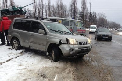 На Буковині позашляховик збив пішохода: у постраждалого перелом - фото
