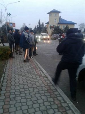 На Буковині автівка збила на пішоходному переході школярку - фото