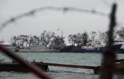 У Порошенка прокоментували заяву Турчинова про підготовку нового проходу українських кораблів через Керченську протоку
