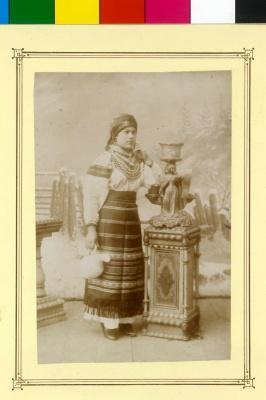 Як одягались буковинки до свят у австрійські часи – фото