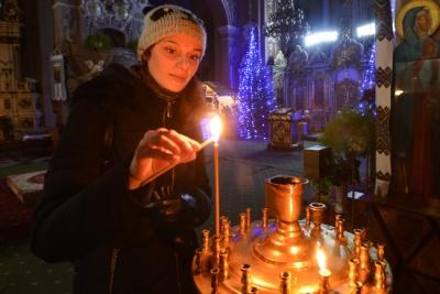 Як святкуватимуть Різдво у храмах Чернівців: розклад богослужінь
