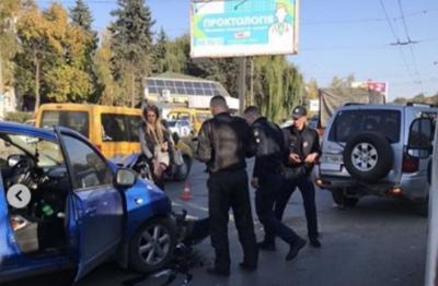 «Кума, ти жива?»: як покарали водійку, яка потрапила в курйозну ДТП у Чернівцях