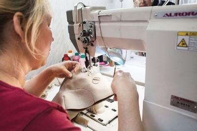 У Чернівцях призупинив роботу протезно-ортопедичний цех: працівники б'ють на сполох
